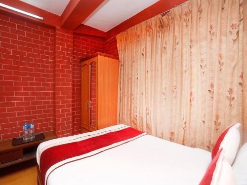 Hotel Potala - фото 1