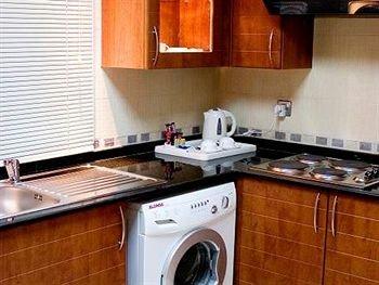Royal Ascot Hotel Apartment - Kirklees 2 - фото 8