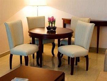 Royal Ascot Hotel Apartment - Kirklees 2 - фото 9