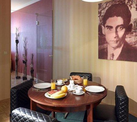 Отель Derag Livinghotel an der Oper - фото 16