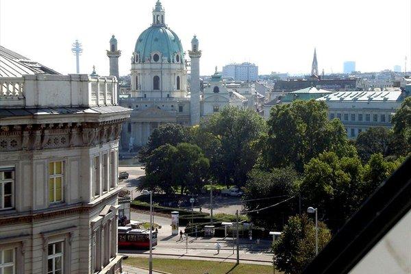 Отель Derag Livinghotel an der Oper - фото 23