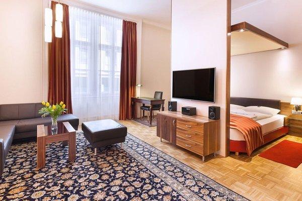 Отель Derag Livinghotel an der Oper - фото 9