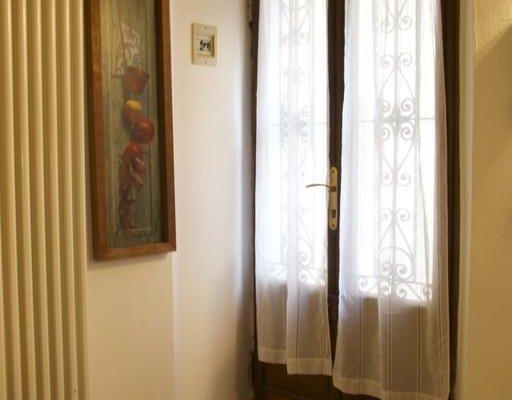 Suite Center Piazza Pontida - фото 17