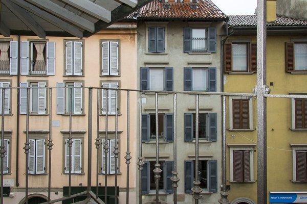 Suite Center Piazza Pontida - фото 23