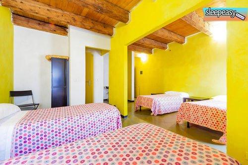 Sleep Easy Hostel - фото 0