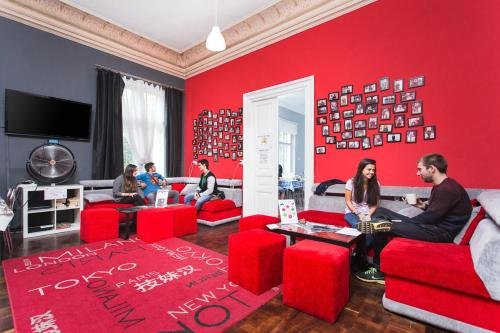 One World Hostel - фото 20