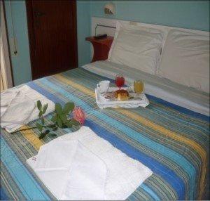 B&B Hotel Maena - фото 1