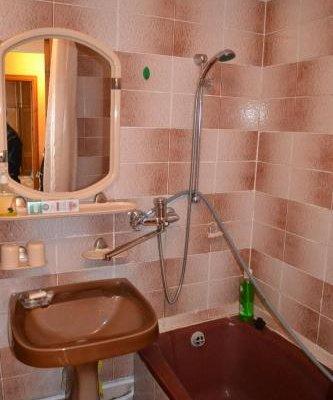Apartment on Marinenko - фото 11