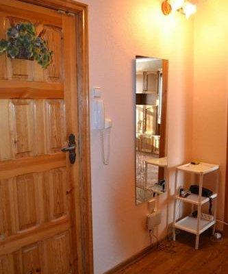 Apartment on Marinenko - фото 15