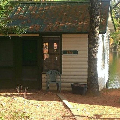 Photo of HIDE A WAY   TWO BEDROOM COTTAGE LAKESIDE