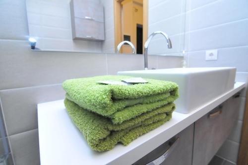 HomeService Apartments - фото 8