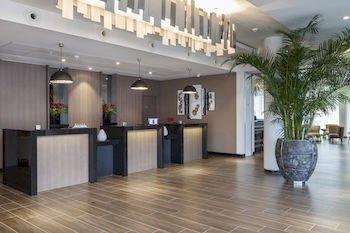 AC Hotel Paris Le Bourget Airport - фото 14
