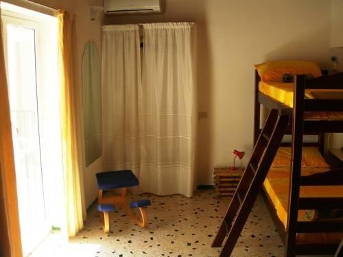Vucciria Hostel - фото 9