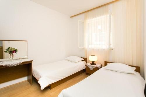 Apartment Debos - фото 1