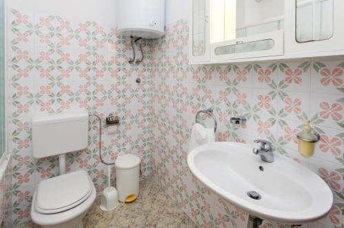 Apartment Debos - фото 11