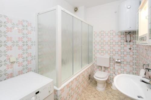 Apartment Debos - фото 12