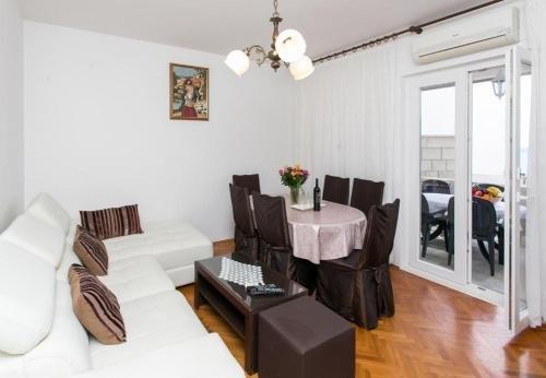 Apartment Debos - фото 15
