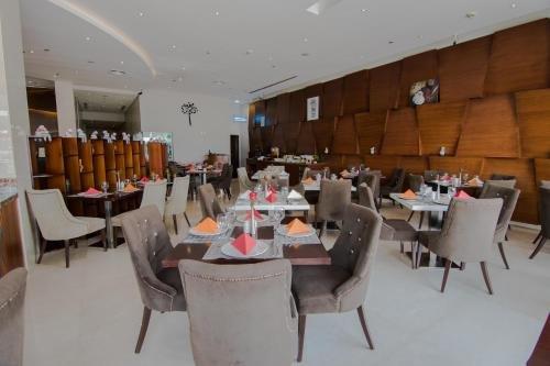 Signature Hotel Al Barsha - фото 14
