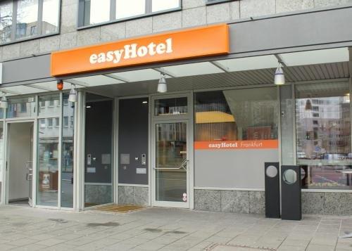 easyHotel Frankfurt City Center - фото 20