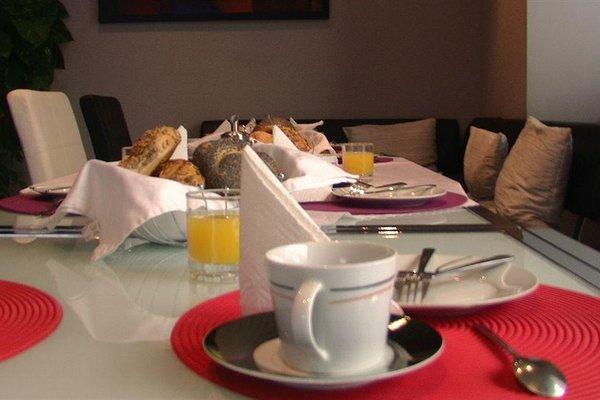 Hotel Pension De Lux - фото 16