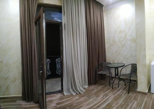 Batumi Homestay at Tamar Mephe Avenue - фото 6