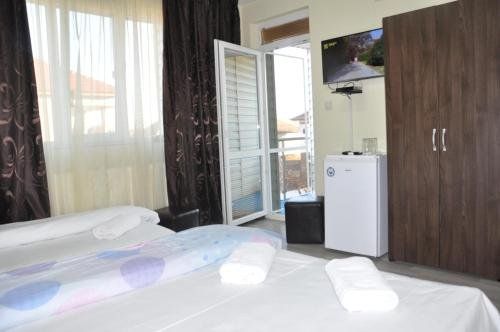 Guest Rooms Simona - фото 8