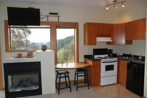 Moon Water Lodge - фото 10