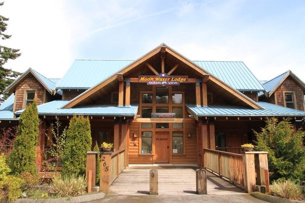Moon Water Lodge - фото 23