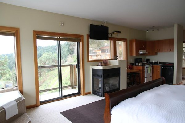 Moon Water Lodge - фото 5