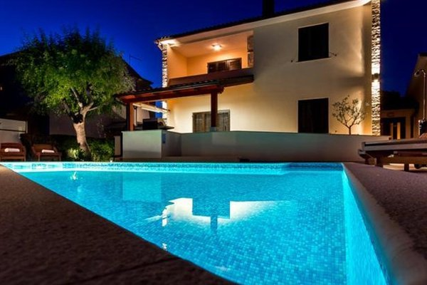 Holiday Home Villa Pula - фото 5