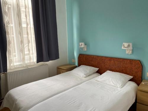 Hotel Les Acteurs - фото 5