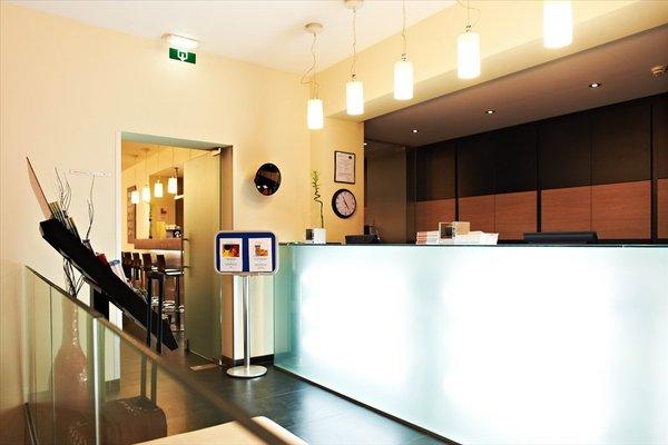 Hotel Husa De La Couronne Liege - фото 14