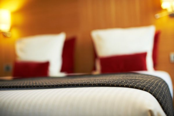 Hotel Husa De La Couronne Liege - фото 4
