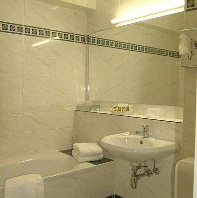 Hotel Binnenhof - фото 10