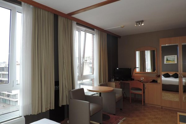Hotel Binnenhof - фото 5