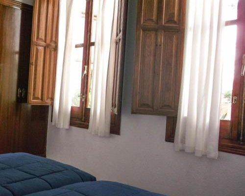 Pension Ciudad Navarro Ramos - фото 3