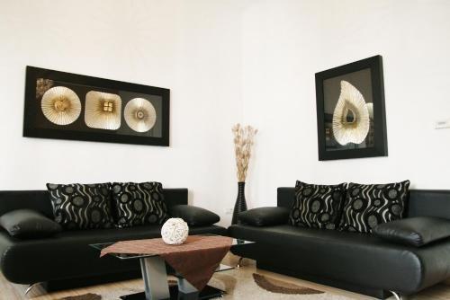 City Center Luxury Apartments - фото 7