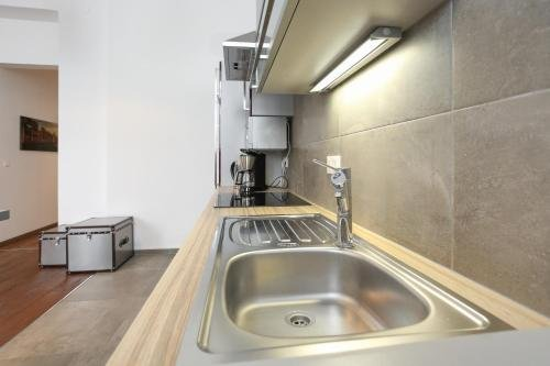 Stronghold Design Apartments - фото 15