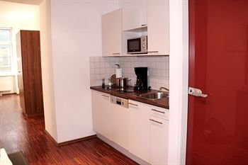 CheckVienna - Premium Apartment - фото 18