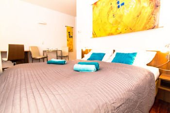 CheckVienna - Premium Apartment - фото 4