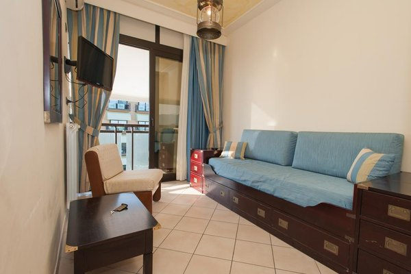 Hotel Caesar - фото 2