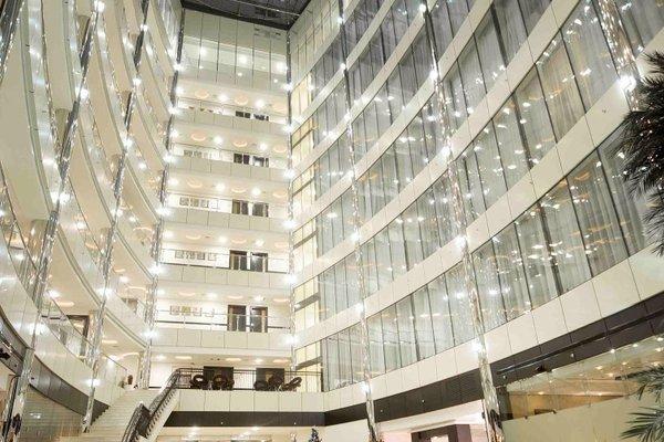Holiday Inn Dubai Al Barsha - фото 18