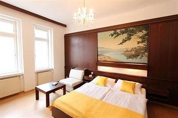 CheckVienna - Edelhof Apartments - фото 39