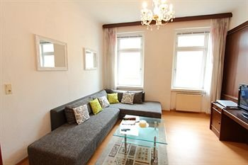 CheckVienna - Edelhof Apartments - фото 11