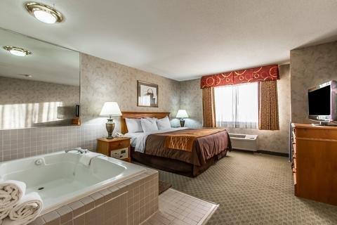 Photo of EverSpring Inn & Suites