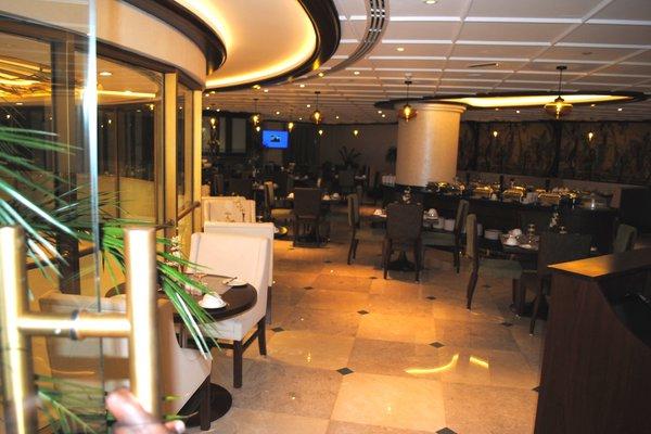 Raviz Center Point Hotel - фото 12