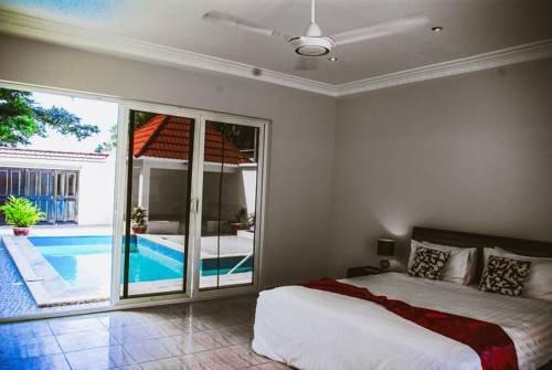Kololi Beach Resort - фото 2