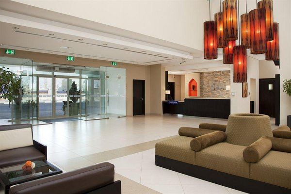 Holiday Inn Express Dubai, Jumeirah - фото 12