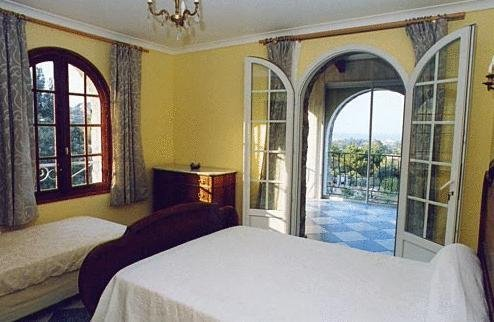 The Manor - фото 3