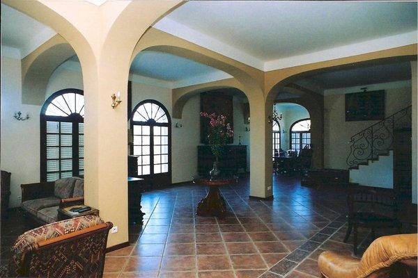 The Manor - фото 8